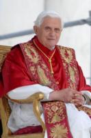 Papa Benedetto XVI - Genova - 19-05-2008 - Papa Benedetto XVI leggerà la bibbia a Domenica In