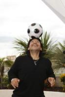 Diego Armando Maradona - Cannes - 20-05-2008 - Il pallone d'oro rubato a Maradona venne fuso dalla camorra