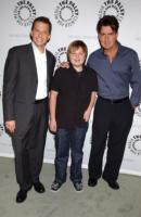 Angus T. Jones, Charlie Sheen, Jon Cryer - Roma - 21-05-2008 - Stelle a 15 anni: ecco la lista dei bambini d'oro di Hollywood