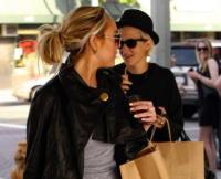 Samantha Ronson, Lindsay Lohan - Los Angeles - 08-05-2008 - Lindsay Lohan vuole sposare Samantha Ronson