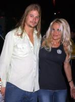 Pamela Anderson, Kid Rock - Los Angeles - 18-12-2007 - Non c'è due senza tre... star dal SI' facile