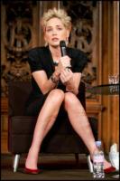 Sharon Stone - Parigi - 06-04-2008 - Sharon Stone chiede scusa alla Cina per le dichiarazioni sul terremoto