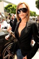 """Victoria Beckham - West Hollywood - 16-04-2008 - L'ultima moda di Victoria Beckham è la """"yoga del viso"""" per evitare le rughe"""