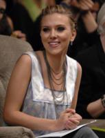 Scarlett Johansson - New York - 10-09-2006 - Scarlett Johannson e la corrispondenza con Barack Obama