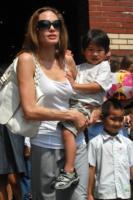 Maddox Jolie Pitt, Zahara Jolie Pitt, Angelina Jolie - New York - 26-08-2007 - Angelina Jolie e Brad Pitt vogliono adottare un bambino del Sud America