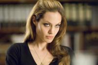 """Angelina Jolie - 24-06-2008 - Angelina Jolie: """"Che bello rotolarsi a terra con Brad Pitt"""""""