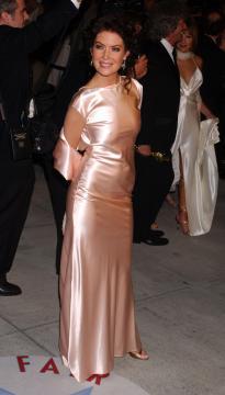 Lara Flynn Boyle - West Hollywood - 27-02-2005 - Lara Flynn Boyle conferma le nozze