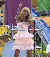 Miley Cyrus - Santa Monica - 16-07-2008 - Miley Cyrus e' la teenager piu' ricca del pianeta