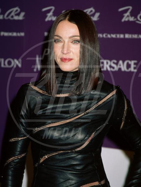 Madonna - 02-02-1998 - Buon compleanno Madonna, 56 anni sulla cresta dell'onda