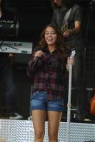 Miley Cyrus - New York - 21-07-2008 - Anche in autunno, lo stile scozzese non passa mai di moda