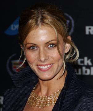 Nicole Eggert - Culver City - 19-03-2005 -