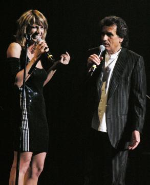 Annalisa Minetti, Toto Cutugno - Niagara Falls - 19-03-2005 - Toto Cutugno e Annalisa Minetti alle cascate del Niagara..