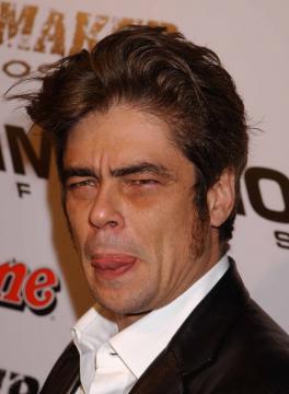 """Benicio Del Toro - 28-03-2005 - Benicio Del Toro sara' protagonista in """"Things We Lost in The Fire"""""""