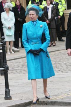 Principessa Anne - Windsor - 09-04-2005 - Carlo e Camilla finalmente sposi!