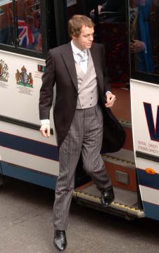 Tom Parker Bowles - Windsor - 09-04-2005 - Carlo e Camilla finalmente sposi!