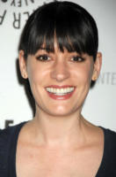 Paget Brewster - Beverly Hills - 17-11-2008 - I fan di Criminal Minds chiedono un po' d'amore tra Hotch e Prentiss