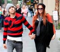 Pete Wentz, Ashlee Simpson - Hollywood - 06-10-2008 - Ashlee Simpson è mamma per la prima volta e chiama il figlio Mowgli