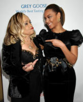 Etta James, Beyonce Knowles - Hollywood - 24-11-2008 - Etta James soffre di leucemia e demenza
