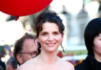 Juliette Binoche - Cannes - 18-05-2007 - Juliette Binoche espone a Parigi