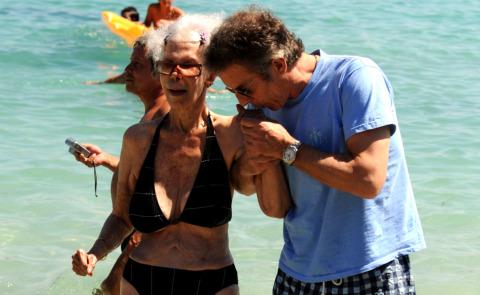 Vacanze a Ibiza per la Duchessa d'Alba e il marito Alfonso