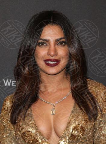 priyanka chopra sta-bene-ringrazia-fan-dopo-incidente