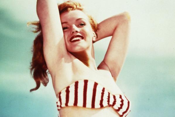 Marilyn Monroe aveva il seno... di marmo!