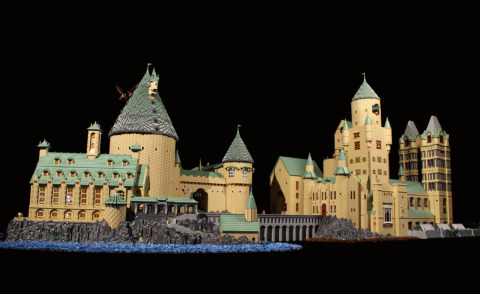 Il castello di Harry Potter riprodotto con i Lego - Foto - Kikapress.com