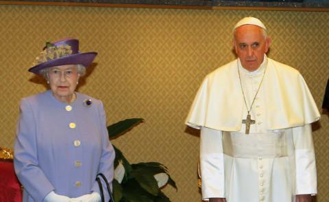Elisabetta Ii Visita Papa Francesco Prima Di Lasciare L Italia Foto Kikapress Com