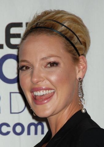 Katherine Heigl - Los Angeles - 07-01-2009 - Katherine Heigl e T. R. Knight lasciano Grey's Anatomy