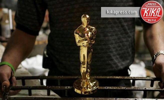 La fabbrica degli Oscar - Chicago - 08-02-2011 - Oscar: ecco come nasce la statuetta degli Academy Awards