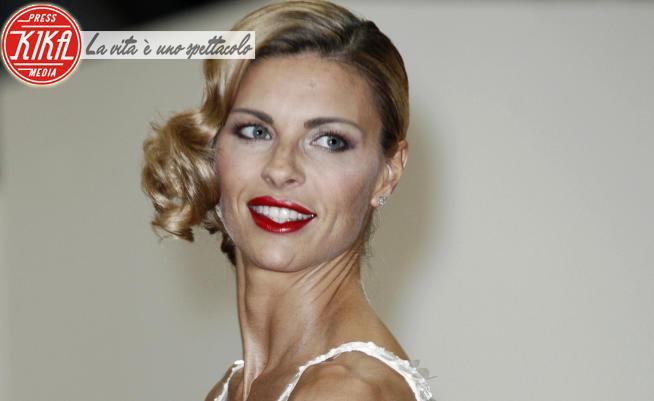 Martina Colombari - Milano - 08-06-2012 - Che schianto! I meravigliosi 45 anni di Martina Colombari