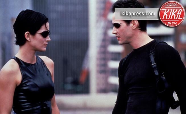 Carrie-Anne Moss, Keanu Reeves - Hollywood - 23-07-2004 - Ufficiale, il sequel di Matrix si farà! I dettagli