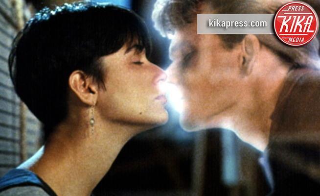 Ghost - Los Angeles - 14-02-2013 - San Valentino: i baci più belli del cinema
