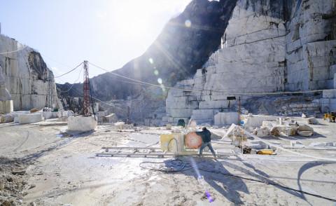 Marmo - Carrara - 02-12-2009 - Il marmo di Carrara è dei Bin Laden per il 50%