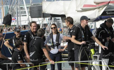 Kate Middleton - Auckland - 11-04-2014 - Capitan Kate batte William 1-0: è lei la dominatrice dei mari!
