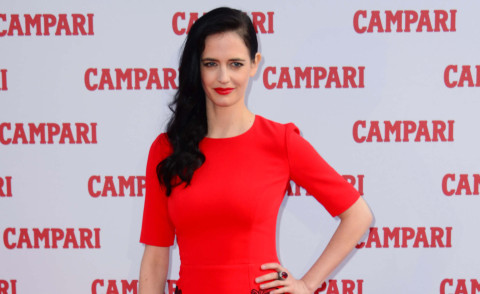 Eva Green - Londra - 05-11-2014 - Eva Green è la 'dame to kill for' del Calendario Campari 2015