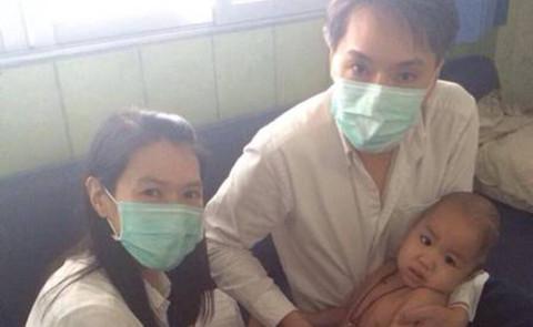 Matheryn Naovaratpong - Bangkok - 18-04-2015 - Einz ibernata a 3 anni: è la paziente più giovane al mondo