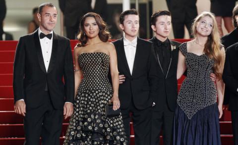 Bebe Cave, Matteo Garrone, Salma Hayek - Cannes - 14-05-2015 - Cannes 2015: Tale of Tales porta l'Italia sotto i riflettori