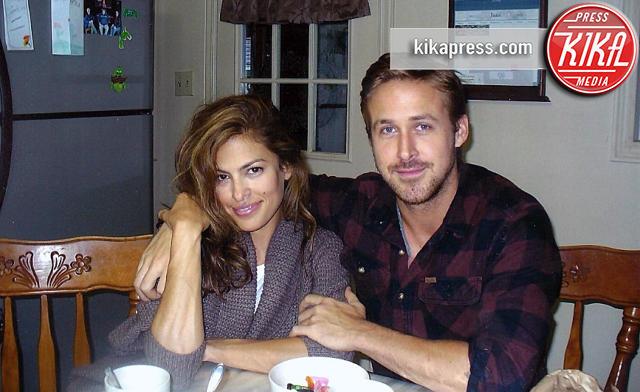 Ryan Gosling, Eva Mendes - Cornwall - 15-11-2015 - Eva Mendes e Ryan Gosling sposi in segreto! E non sono i soli...