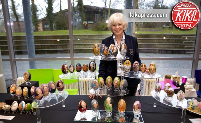 Tiety Entjes-Weij - Amsterdam - 21-03-2015 - I miei reali? Sono felici come... una Pasqua!