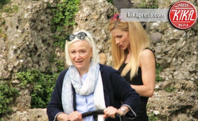 Mamma Ilaria D'Amico, Leopoldo Mattia Buffon, Michelle Hunziker - Roma - 07-04-2016 - Riunione da bambinaie per Hunziker e mamma D'Amico