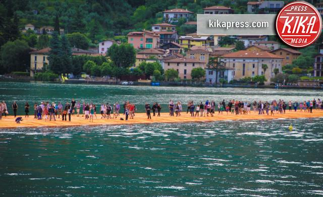 The Floating Piers - Iseo - 18-06-2016 - Finalmente The Floating Piers: a Iseo si cammina sull'acqua