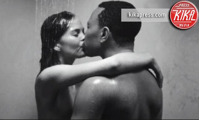 Chrissy Teigen, John Legend - 01-09-2016 - Coppie in amore: i 10 video musicali piu' hot