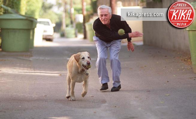 Kirk Douglas - Beverly Hills - 05-05-1994 - Auguri Kirk Douglas, il centenario di Hollywood!