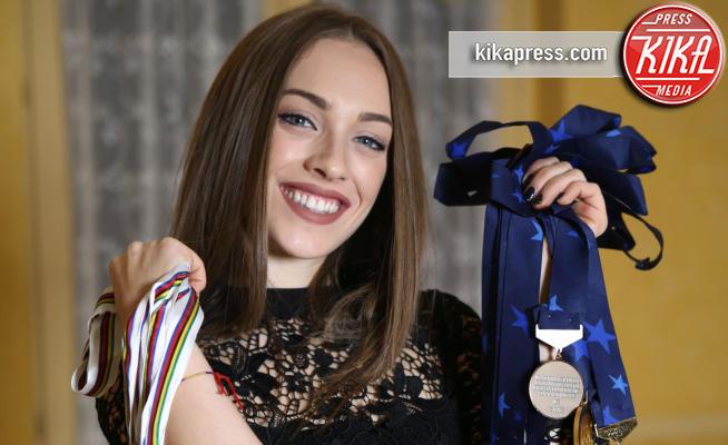 Letizia Paternoster - Trento - 12-01-2018 - Letizia Paternoster, campionessa di ciclismo bella come una Miss