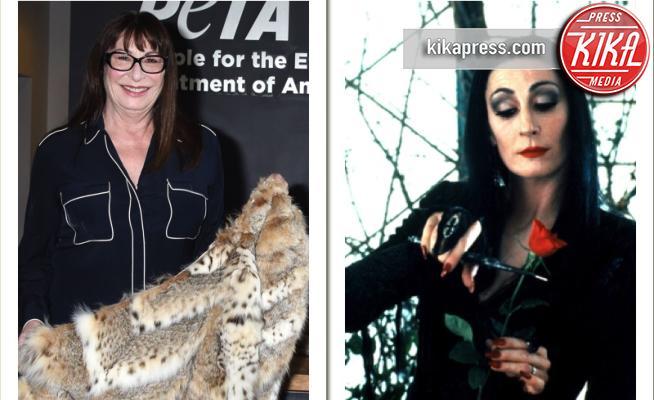 Morticia Addams, Anjelica Huston - Los Angeles - 06-08-2003 - Vi ricordate Morticia Addams? Ora è un'animalista convinta