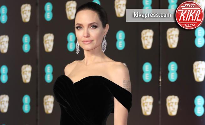 Angelina Jolie - Londra - 18-02-2018 - BAFTA 2018: red carpet in total black contro le molestie
