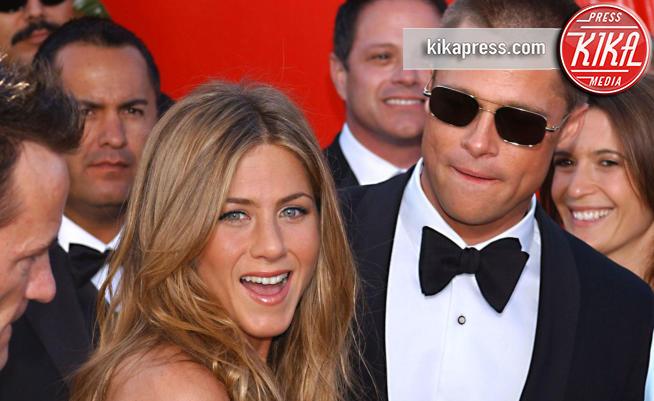 Jennifer Aniston, Brad Pitt - Los Angeles - 19-09-2004 - Brad Pitt al compleanno di Jennifer Aniston: ritorno di fiamma?