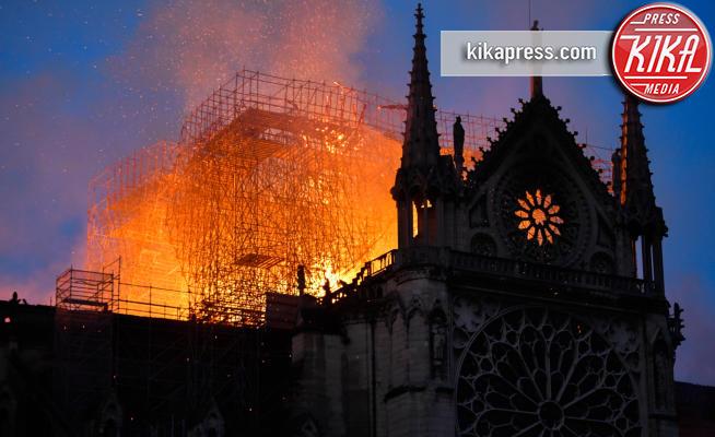 Incendio Notre Dame, Notre Dame de Paris, Notre Dame - Parigi - 15-04-2019 - Notre Dame de Paris: l'incendio in undici foto