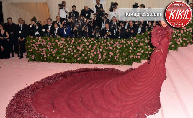 Cardi B - New York - 06-05-2019 - Cardi B e il nuovo vagina dress: gli abiti dai nomi più strani
